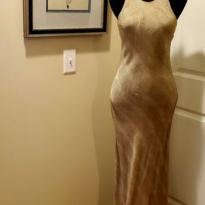 GOLD Racer-Back Long/Maxi Dress